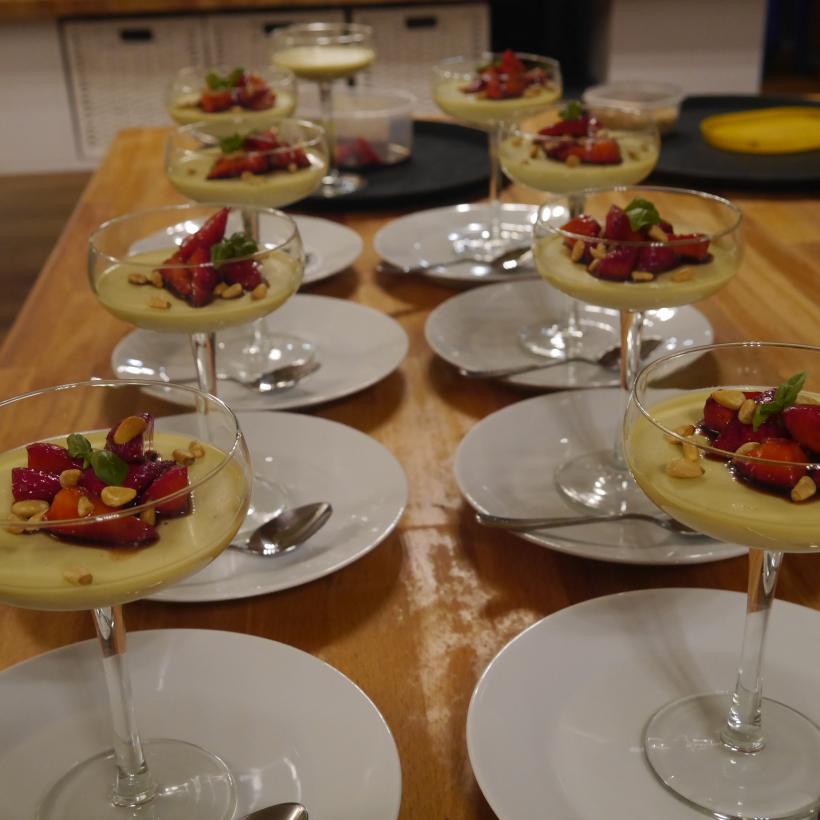 Pannecotta dessert